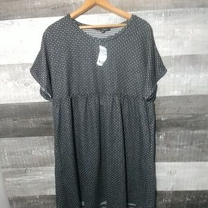 NWT $71 Suzanne Betro Baby doll T shirt dress